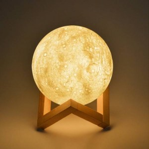 fotistiko-3d-moon-lamp